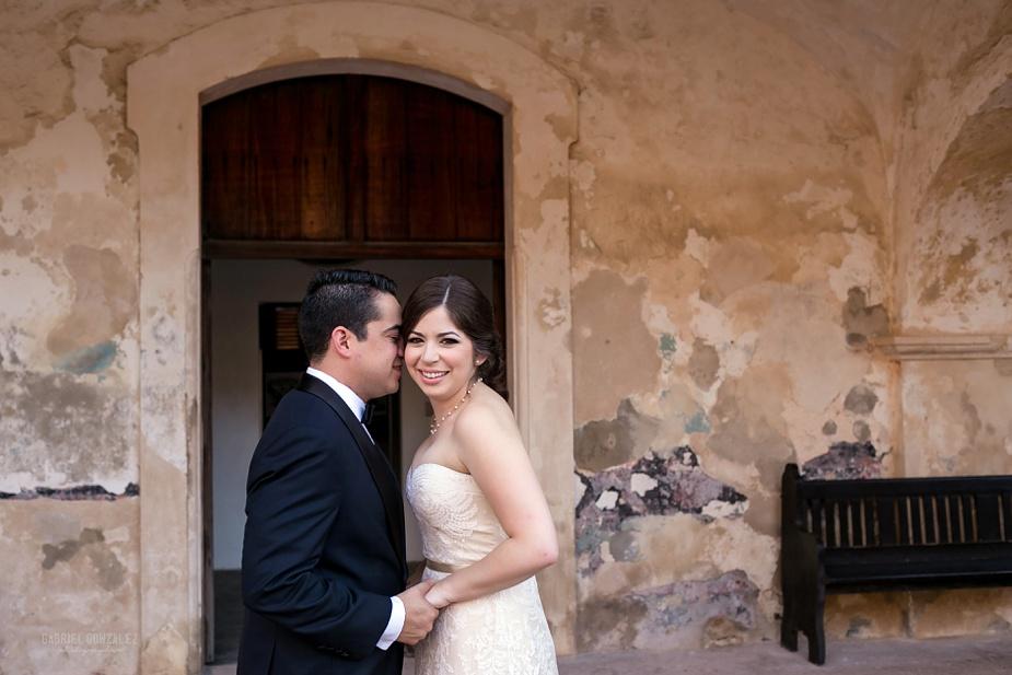 El_Convento_Puerto_Rico_Destination_Wedding_Orli_Alfredo_0006